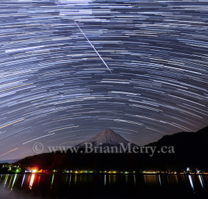 Night sky photograph, Geminid Meteor